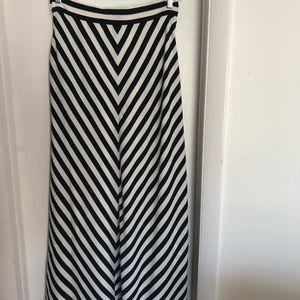 Ann Taylor Maxi Skirt size 8